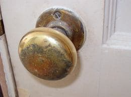 Cleaning Brass Door Knob And Hinge